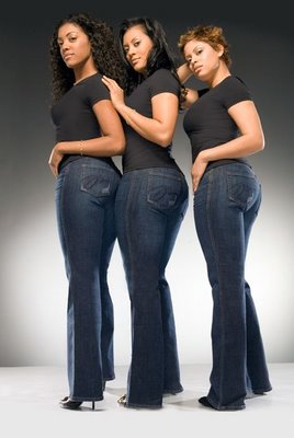 Jeans-for-Pear-Shaped-Women3