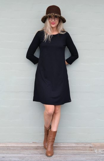 fekete a-vonalú ruha